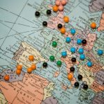 custom-travel-map-with-push-pins